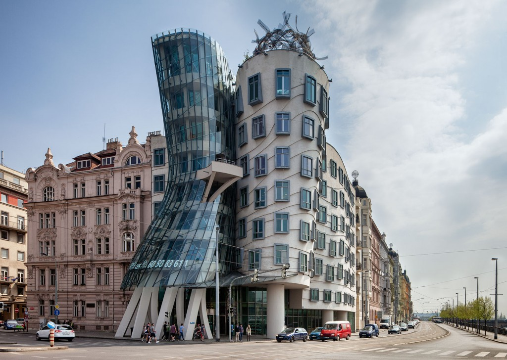 خانه رقصان پراگ ( Dancing House, Prague )